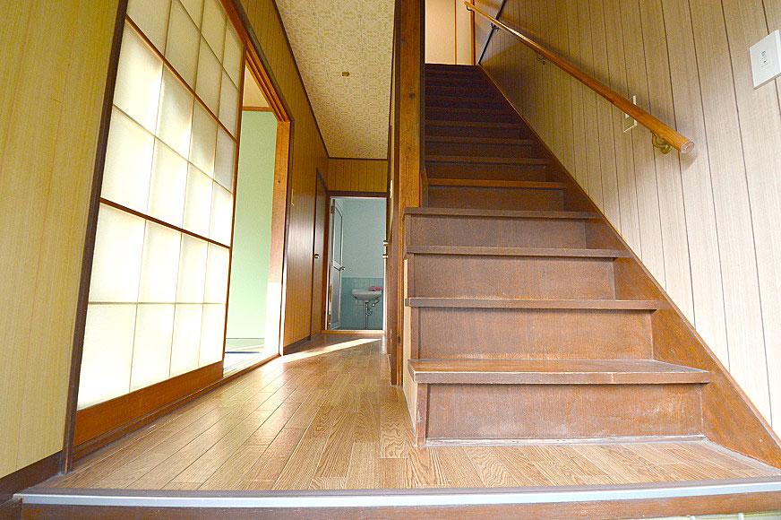 宿毛市賃貸アパート-玄関から見た室内
