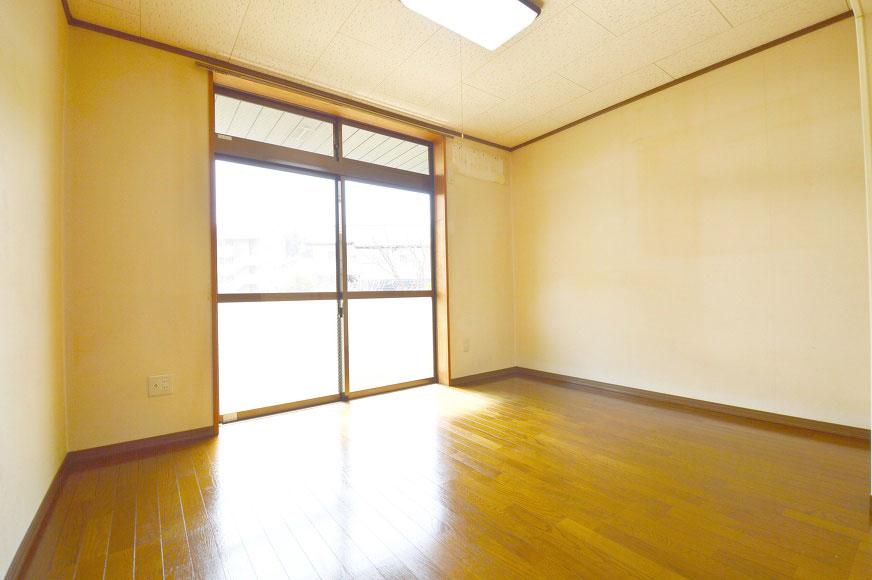 洋室6畳西側