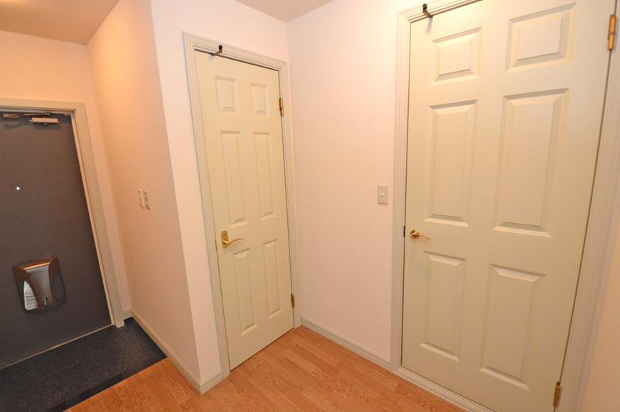 トイレと水回りの扉