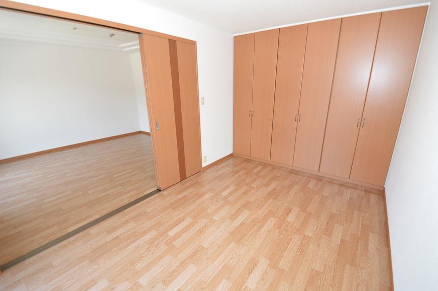 洋室とクローゼット