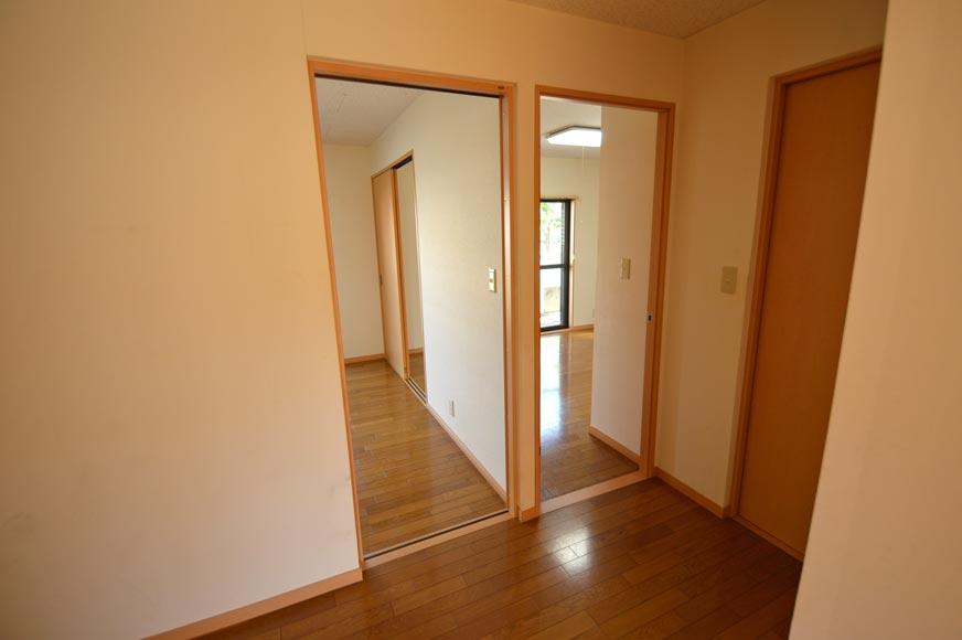 宿毛市の賃貸アパート-玄関ホールからDKと洋室